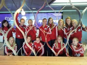 HIFK Damhandboll lähdössä reissuun.