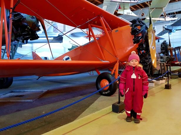 Kanske största favoriten, den orange planet, för det va hennes favoritfärg,för stunden.