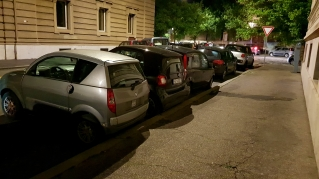 This Italian way of parking kept amusing me during our trip.