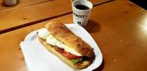 Breakfast at Aeroporto internazionale Leonardo da Vinci