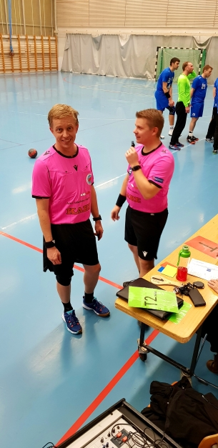 Referees pretty in pink.