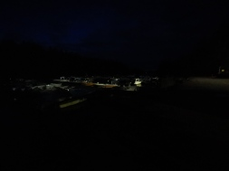Camera mode = Auto. Picture was taken at 23:23. So 37 minutes before midnight.
